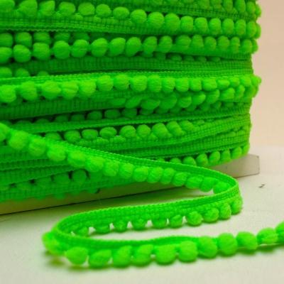 Galon à pompons vert fluo