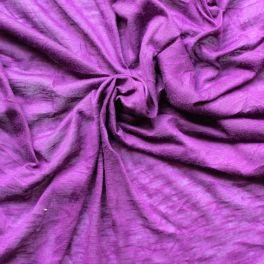 Slub and crumpled jersey knit fabric