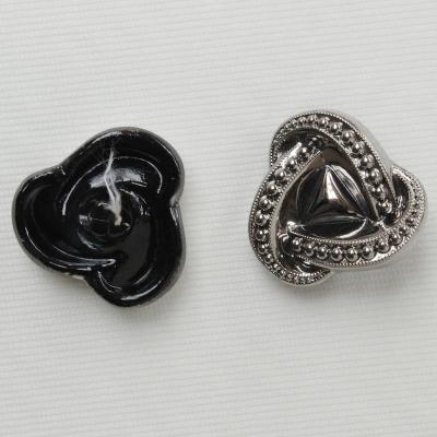 Bouton en métal