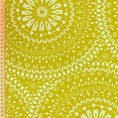 Tissu d'ameublement à motif oriental sur fond vert gazon