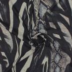 Slangenhuid patroon zwart en grijs  kledingstof  in maas