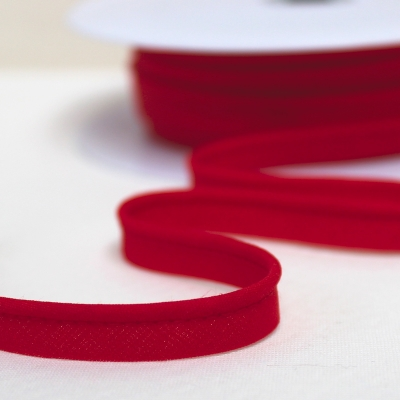 Red piping cord
