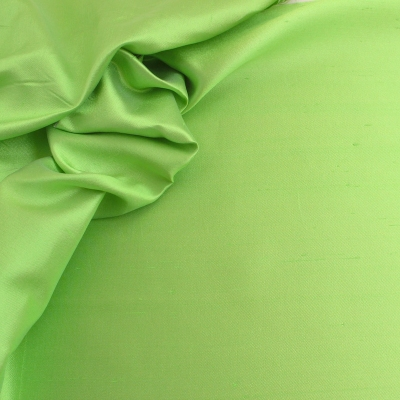 Soie sauvage vert tropique
