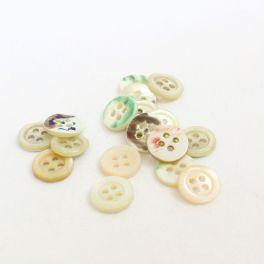 Light beige button Pearl effect