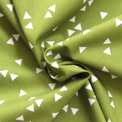 Coton léger imprimé de triangles blanc sur fond gris