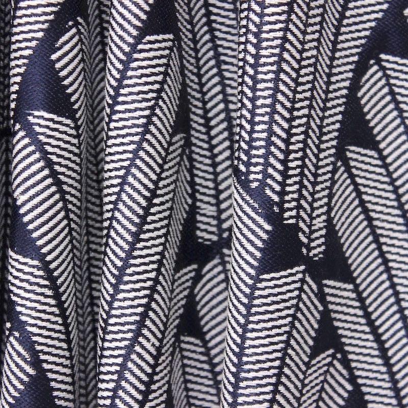 tissu jacquard inspiration art d co bleu marine et blanc au m tre. Black Bedroom Furniture Sets. Home Design Ideas