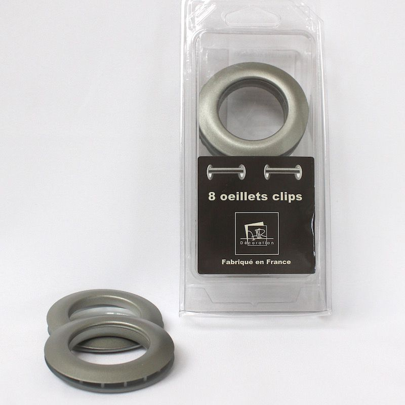 Plastic eyelets pearly silver