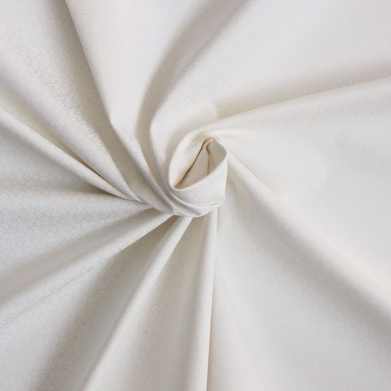 tissu en coton blanc cass petit motif floral. Black Bedroom Furniture Sets. Home Design Ideas