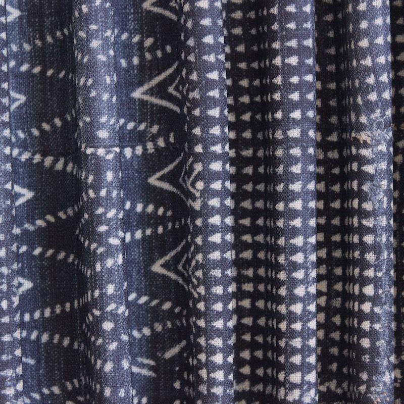 tissu d 39 ameublement 100 coton effet jeans d lav motif. Black Bedroom Furniture Sets. Home Design Ideas