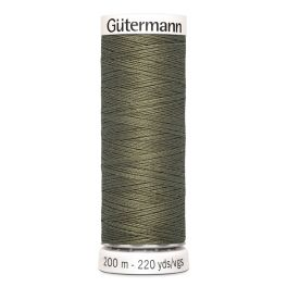 Fil à coudre vert Gütermann 825