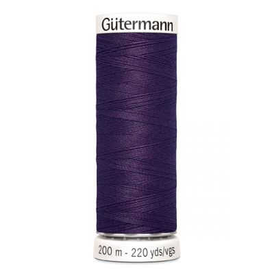 Purple sewing thread Gütermann 257