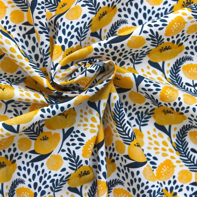 Tissu en coton imprimé fleur Hellebore jaune