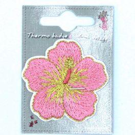 Fleur rose thermocollant