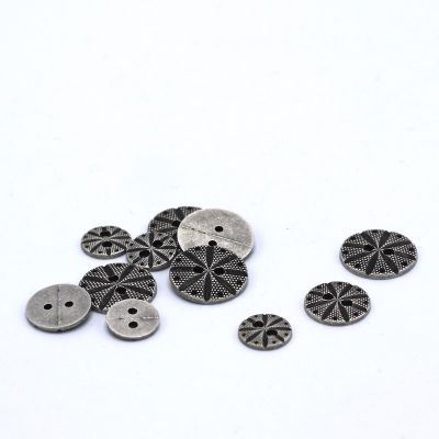 Metal button - silver