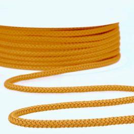 Goudgeel gehaakt touw