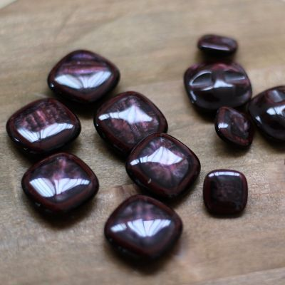 Maroon polyester button