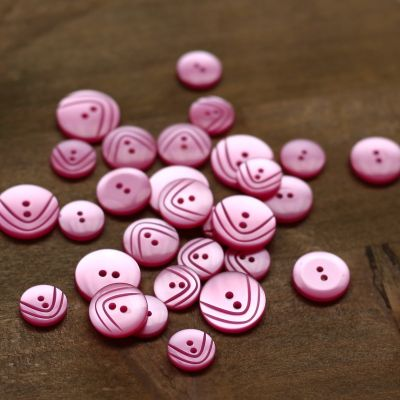 Round resin button - candy pink