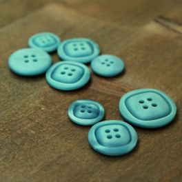 Resin button - frost blue