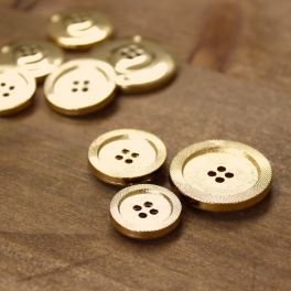 Button with metal aspect - gold