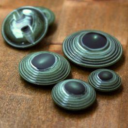 Resin button - malachite green