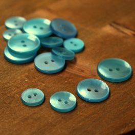 Resin button - southern sea blue