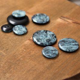 Knopen in hars - gemarmerd blauwachtig grijs