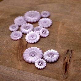 Flower resin button  - light lila