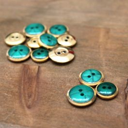 Resin button - emerald and gold