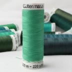 Green sewing thread Gütermann 401