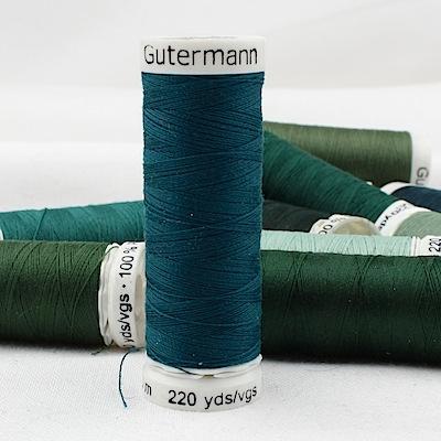 Fil à coudre vert Gütermann 870