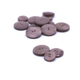 Round resin button - old pink
