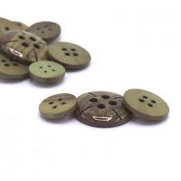 Vintage wooden button