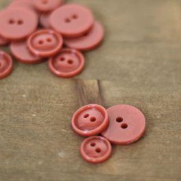 Round resin button - marsala