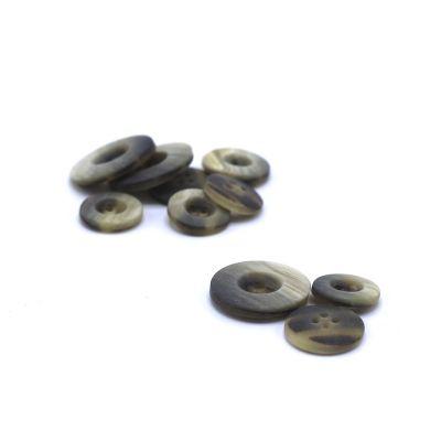 Resin button - grey beige
