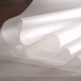 Extensible translucent cling film