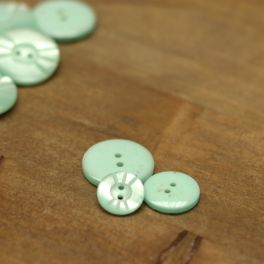 Resin button - sea green
