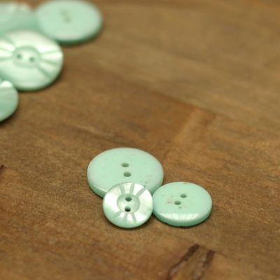 Resin button - sea green