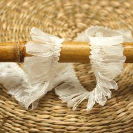Fantasy ribbon with fringes - white