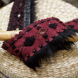 Ribbon with fringes in alcantara - burgondy
