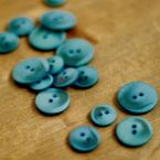 Resin button - marbled cerulean blue