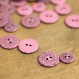 Bouton en résine rose