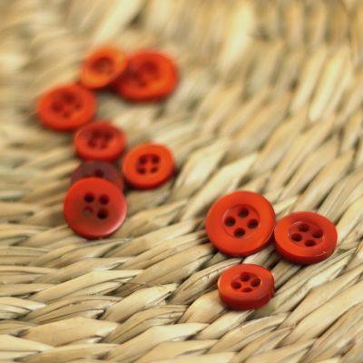 Round button - burnt orange