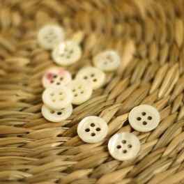 Round button 11mm - off white