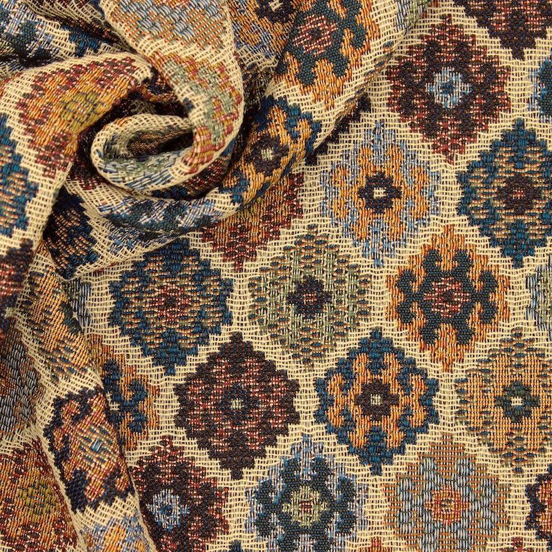 Jacquard apparel fabric with pattern