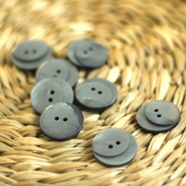 Fantasy button of 18mm - pearl grey
