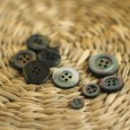 Resin button - pearly grey