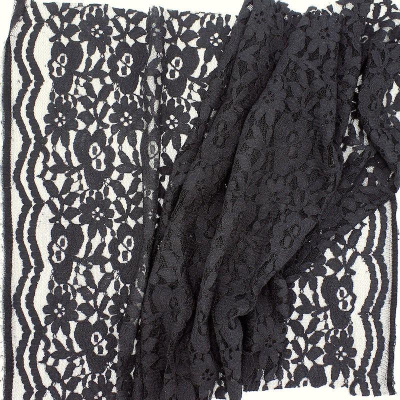 Kledingstof in kant - zwart