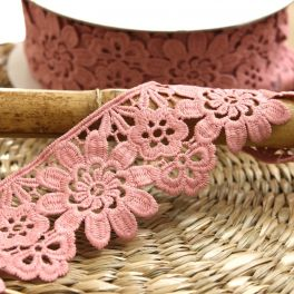 Large guipure with flowers - pink