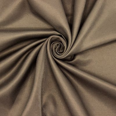 Tissu vestimentaire brun