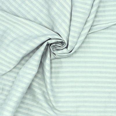 Tissu vestimentaire gris vert